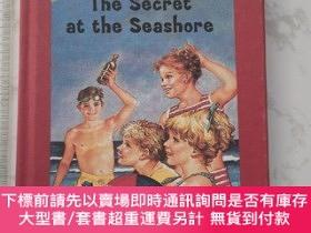 二手書博民逛書店The罕見Secret at the Seashore 精裝Y385290 Hope, Laura Lee G