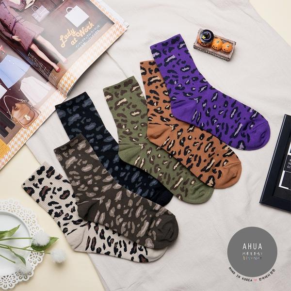 正韓直送【K0429】韓國襪子  狂野豹紋中筒襪 韓妞必備長襪 阿華有事嗎