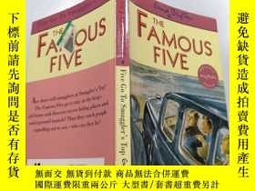 "二手書博民逛書店The罕見famous five Five go to smuggler s top: 著名的"" 五個""去了走私犯"