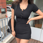 SISI【D9064】韓國熱銷ins吸睛復古火辣曲線顯胸包臀性感基本款U領排釦短袖開衩連身裙洋裝
