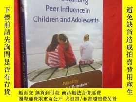 二手書博民逛書店Understanding罕見Peer Influence in