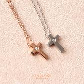 項鍊 經典單鑽十字架造型頸鍊 玫瑰金 抗過敏.氧化 輕鬆搭配造型  柒彩年代【NB707】吸睛單品