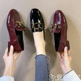 樂福鞋 漆皮豆豆鞋秋季女鞋平底單鞋2020年新款一腳蹬鏈條低跟方頭樂福鞋 嬡孕哺