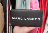 ■專櫃68折■Marc Jacobs M0014583 小牛皮拉鍊長夾錢包
