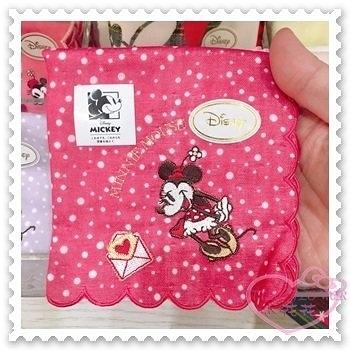 ♥小花花日本精品♥《Disney》迪士尼 米妮 方巾 桃紅 點點 站姿 信封 愛心 海洋樂園限定 57029207