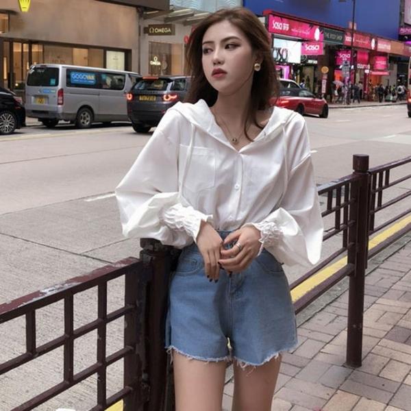 白色襯衫女設計感小眾時尚洋氣韓版短款高腰連帽露臍收腰長袖上衣 【ifashion·全店免運】