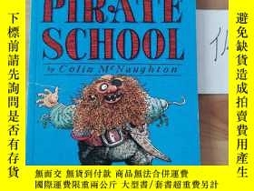 二手書博民逛書店Pirate罕見school By Colin McnaughtonY246207