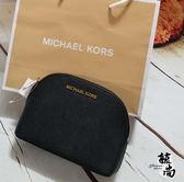 美國MICHAEL KORS  (MK)紋防刮 小貝殼造型 手拿包 開運色 $2580 限時搶購 下殺價$1880