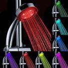 七彩蓮蓬頭 七彩自變噴頭溫控三色LED手持花灑熱水器浴室噴頭髮光花灑淋浴頭 城市科技