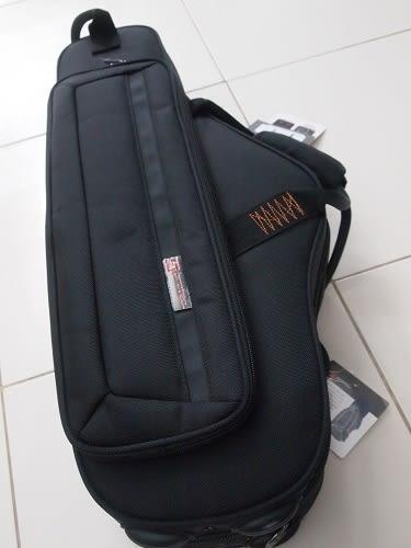 凱傑樂器 Protec Saxophone Alto Case 薩克斯風 ALTO 樂器箱 附雙肩背帶