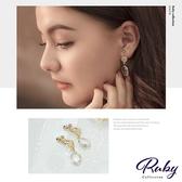 耳環 韓國直送‧鏤空愛心水晶夾式耳環-Ruby s 露比午茶