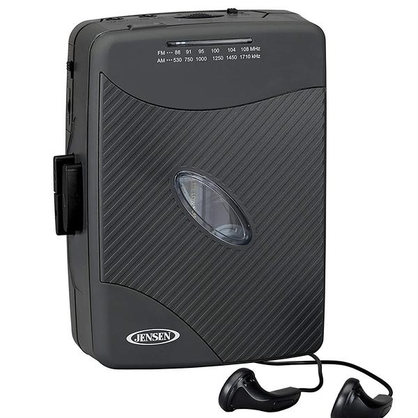 [9美國直購] Jensen Stereo 卡帶式隨身聽 Cassette Player with AM/FM Radio, Black (SCR-75)