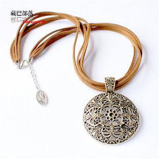 皮繩藏飾古銅色圓盤宮廷項鏈