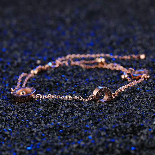 《 QBOX 》FASHION 飾品【B100N846】 精緻個性韓系愛情宣言玫瑰金316L鈦鋼手鐲/手環