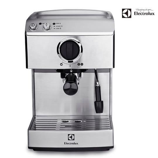 好康(現貨馬上出)搭原廠磨豆機【Electrolux伊萊克斯】高壓義式濃縮咖啡機 EES200E