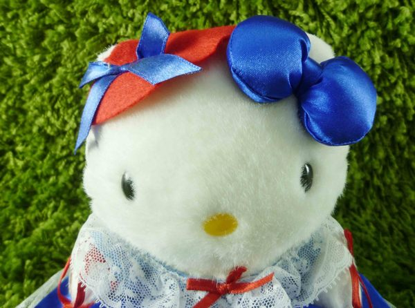 【震撼精品百貨】Hello Kitty 凱蒂貓~KITTY絨毛娃娃-法國服飾-藍紅