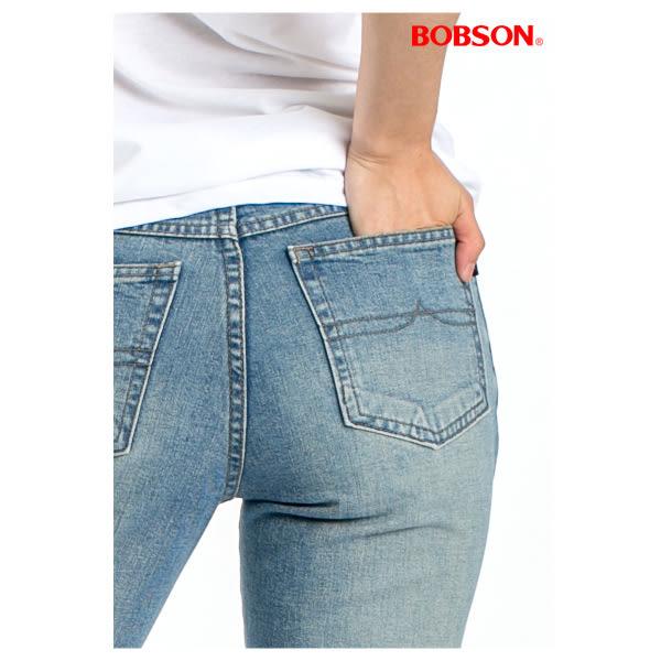 BOBSON 女款低腰刷洗八分小喇叭褲(104-58)