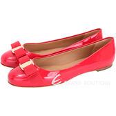 Salvatore Ferragamo VARINA 漆皮娃娃鞋(櫻桃紅)  1420344-73