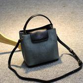 包包女2018新款 女包斜挎包春夏時尚手提小方包鎖扣包單肩小包包【這店有好貨】