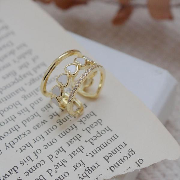 限量現貨◆PUFII-戒指 鏤空愛心配小鑽戒指- 0415 現+預 春【CP20125】