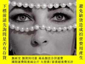 二手書博民逛書店Elizabeth罕見Taylor: My Love Affair With JewelryY307751 E