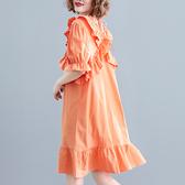 洋裝 連身裙 大碼女裝艺文寬鬆棉麻荷葉邊V領露背中長款短袖遮肚子顯瘦