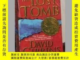 二手書博民逛書店英文原版罕見The Lost Tomb by David Gib