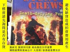 二手書博民逛書店Stunt罕見Crews: Death-Defying Feat