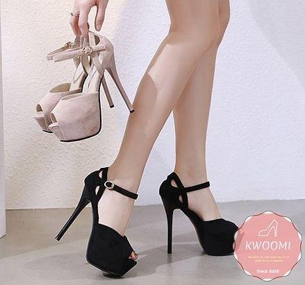 魚口高跟涼鞋 絨質蘿莉風側邊小挖空細跟 高跟鞋 晚宴鞋 新娘鞋*Kwoomi-A41