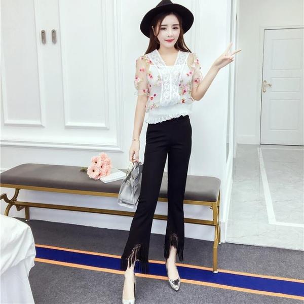 2018秋裝新款女裝韓版氣質V領刺繡上衣 打底吊帶 高腰流蘇喇叭褲
