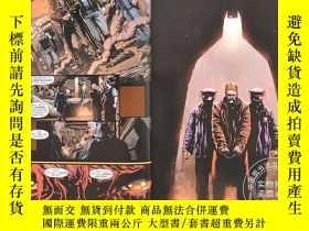 二手書博民逛書店蝙蝠俠罕見不朽傳奇選集 英文原版 Batman: Eternal