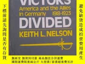 二手書博民逛書店Victors罕見Divided: America and th