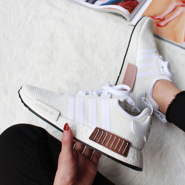 adidas NMD R1 休閒鞋 運動鞋 色塊 白粉 白玫瑰金 女款 BOOST底 舒適 玫瑰金塊 EE5173