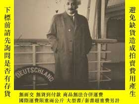 二手書博民逛書店Einstein s罕見German WorldY256260 Stern, Fritz Princeton