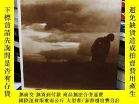 二手書博民逛書店英文原版OYSTER罕見牡蠣 a novel by Janete