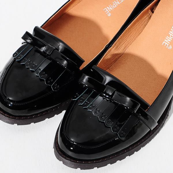 ★新品上市★ GREEN PINE 英倫極簡主義流蘇漆皮樂福鞋-黑色