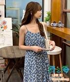 碎花裙 泫雅風v領吊帶復古藍色碎花長裙仙女收腰小個子學生洋裝夏【風之海】