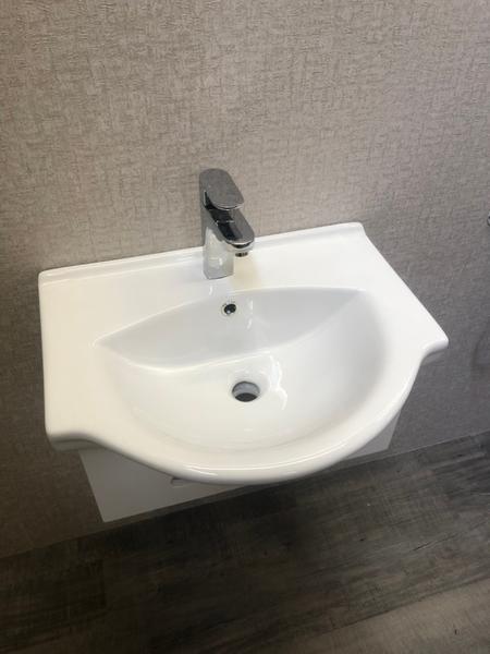*人氣推薦。小資必買!衛浴設備 寬56cm臉盆+短櫃(無收納功能) 下開孔可掛毛巾 附水龍頭及配件