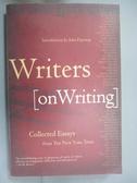【書寶二手書T4/字典_LCK】Writers on Writing: Collected Essays from the New York Times_Darnton, John (INT)