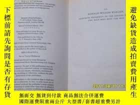二手書博民逛書店TOM罕見CLANCY EXECUTIVE ORDERS(湯姆克