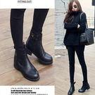 (全館一件免運)DE shop~(BB-7349)百搭扣短靴 機車馬丁靴