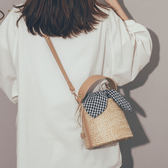 手提包 草編度假沙灘包包女2019新款韓版百搭斜挎包洋氣仙女手提水桶女包