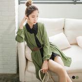 OB嚴選《DA3906-》皮革帶造型圓領開襟縮腰長袖洋裝.2色--適 S~L