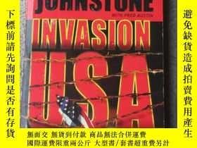 二手書博民逛書店Invasion罕見USAY21478 William W. J