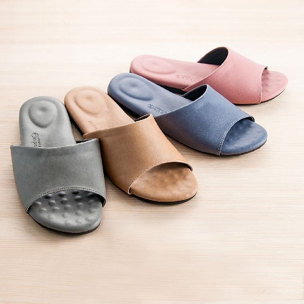 【mocodo】釋壓防滑乳膠拖鞋