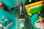 小花花日本精品明星花露水綠色瓶身經典造型吊飾鑰匙圈悠遊卡現貨
