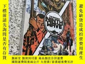 二手書博民逛書店The罕見Massive: Ninth Wave Library