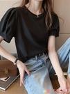 泡泡袖上衣 韓版潮泡泡袖上衣服夏裝2021新款短袖白色T恤女寬鬆內搭打底衫 愛丫 新品
