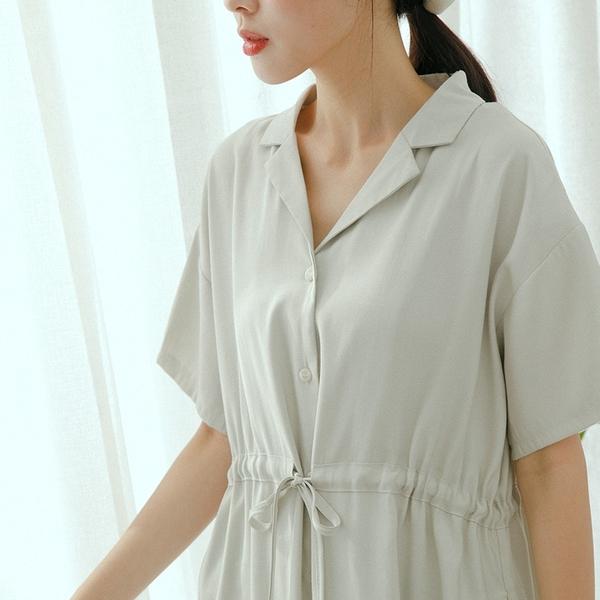 Queen Shop【01085369】抽繩綁帶設計洋裝 三色售*現+預*