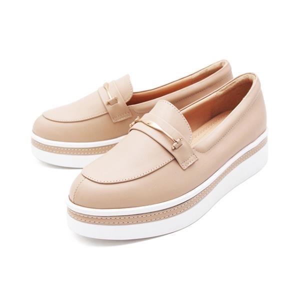 【南紡購物中心】WALKING ZONE (女)金屬扣厚底樂福鞋鬆糕鞋-米(另有棕)